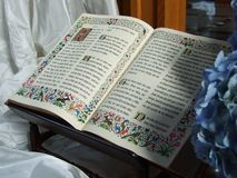 La biblia de la iglesia del monasterio en Jakobsbad fotos de archivo