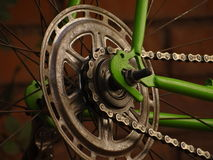 La bici del camino anda sin embragar Imagenes de archivo
