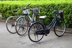 La bicicletta nel parcheggio immagine stock libera da diritti