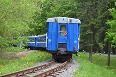 La Bielorussia, Minsk, children& x27; s ferroviaria, locomotiva diesel, turismo, giochi europei 2019 immagini stock