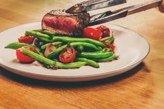 La bistecca è servita Immagini Stock Libere da Diritti