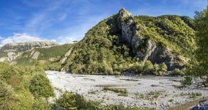 La Bleone del fiume vicino a Prads nella regione Alpes-De-Haute-Provence Fotografia Stock