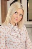 La blonde avec un sourire d'un ange Images libres de droits