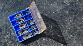 La boîte avec des crochets Image libre de droits