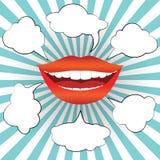 La boca sonriente de la mujer del estilo del arte pop con discurso burbujea Foto de archivo