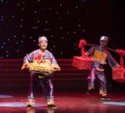 La boda regalo-ella danza popular aduana-china de la nacionalidad Imagen de archivo