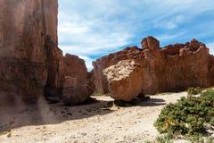 La Bolivie : formations de roche rouges de l'Italie Perdida, ou l'Italie perdue, en réservation d'Eduardo Avaroa Andean Fauna Nat photos stock