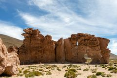 La Bolivie : formations de roche rouges de l'Italie Perdida, ou l'Italie perdue, en réservation d'Eduardo Avaroa Andean Fauna Nat photo libre de droits