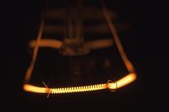 La bombilla da vuelta por intervalos Foto de archivo
