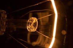 La bombilla da vuelta por intervalos Imagen de archivo