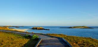 La bonne route pour la plage de paradis Photo libre de droits