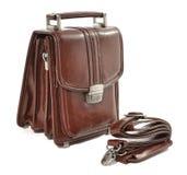 La borsa dell'uomo del cuoio di Brown su fondo bianco Fotografia Stock