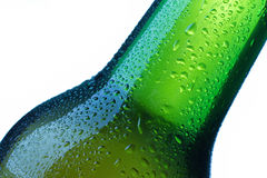 La bouteille à bière laisse tomber le détail Photographie stock libre de droits