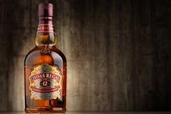 La bouteille de Chivas Regal 12 a mélangé le whisky écossais Image libre de droits