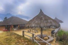 La boutique de thé de taverne dans les montagnes, Photo libre de droits