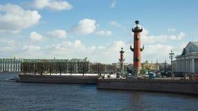 La broche de l'île de Vasilievsky, St Petersburg, Russie photos libres de droits