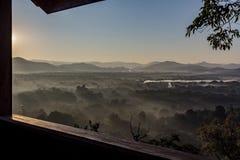 La buona mattina di vista dalla finestra Fotografia Stock
