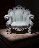 La butaca de mármol de Mendini en el espacio de Ventura Lambrate durante la semana de Milan Design Fotografía de archivo libre de regalías
