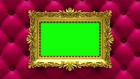 La cámara se mueve a lo largo de marcos del oro en fondo rojo de lujo de la tapicería animación colocada inconsútil 3d Maqueta co almacen de metraje de vídeo