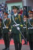 La cérémonie chinoise de drapeau national photographie stock