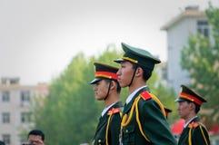 La cérémonie chinoise de drapeau national photo stock