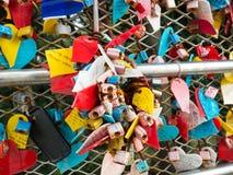 La cérémonie de clé d'amour au parc de Yongdusan à Busan, Corée Images libres de droits
