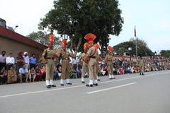 La cérémonie de frontière d'Attari Image stock