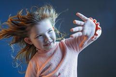 La cólera y la muchacha adolescente sorprendida Imagen de archivo