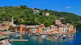 La côte colorée dans Portofino, Italie Photographie stock libre de droits