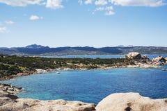La côte de Baja Sardaigne, en Sardaigne, l'Italie images libres de droits