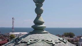 La cúpula magnífica de la mezquita en Constanta Rumania metrajes