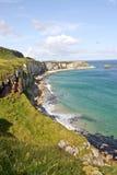 La côte chez le Carrick un rede en Irlande du Nord photo libre de droits