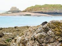 La côte Saint Malo et ressortissant de fort photo libre de droits