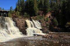 La caída en la grosella espinosa baja las cascadas Minnesota Foto de archivo libre de regalías