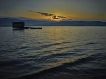 Cabaña vieja de la pesca en el amanecer Fotos de archivo libres de regalías