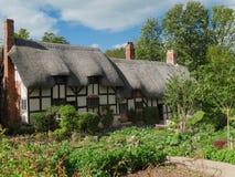 La cabaña y el jardín de Anne Hathaway Foto de archivo
