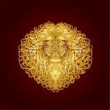 La cabeza de oro de un león, con los rizos largos en una melena magnífica Fotos de archivo