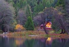 La cabina boscosa Fotografia Stock Libera da Diritti