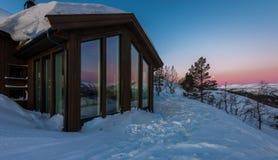 La cabina della montagna Fotografia Stock