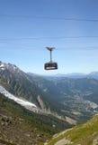 La cabina più bassa della cabina di funivia di Aiguille du Midi, Chamonix-Mont-Blanc Immagini Stock