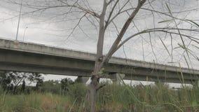 La cacerola de la autopista almacen de metraje de vídeo