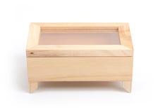 La caja de madera adornó la casa Foto de archivo libre de regalías