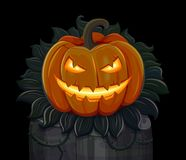 La calabaza de Halloween está sonriendo Aislado en fondo negro Fotos de archivo