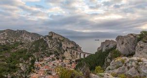 La calanque DE La Vesse dichtbij Marseille, Frankrijk stock videobeelden