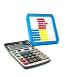 La calculatrice et l'abaque Photographie stock