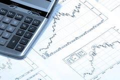 La calculatrice et le revenu positif stockent le diagramme Images stock