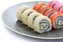 La Californie roule, des sushi de maki, nourriture japonaise Photographie stock