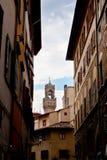 La calle contiene Palazzo Vecchio, Florencia, Italia fotografía de archivo libre de regalías