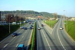 La calle de Ukmerges de la ciudad de Vilna en el otoño mide el tiempo el 11 de noviembre de 2014 Imagen de archivo