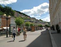 La calle en Karlovy varía fotos de archivo libres de regalías